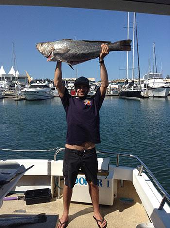 Charters gold coast hooker 1 fishing charters for Gold coast fishing charters